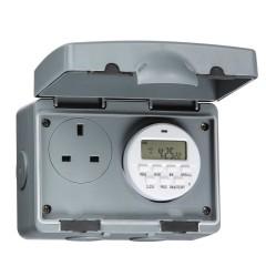 IP7000D - Knightsbridge 13A 7 Day IP66 Digital Timer Socket
