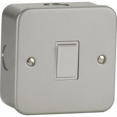 MC2000 - Metal Clad Switch - 1 Gang 2 Way - 6Amp